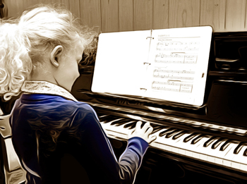 children recording keyboard piano lessons