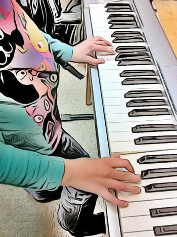 kids recording keyboard piano lessons